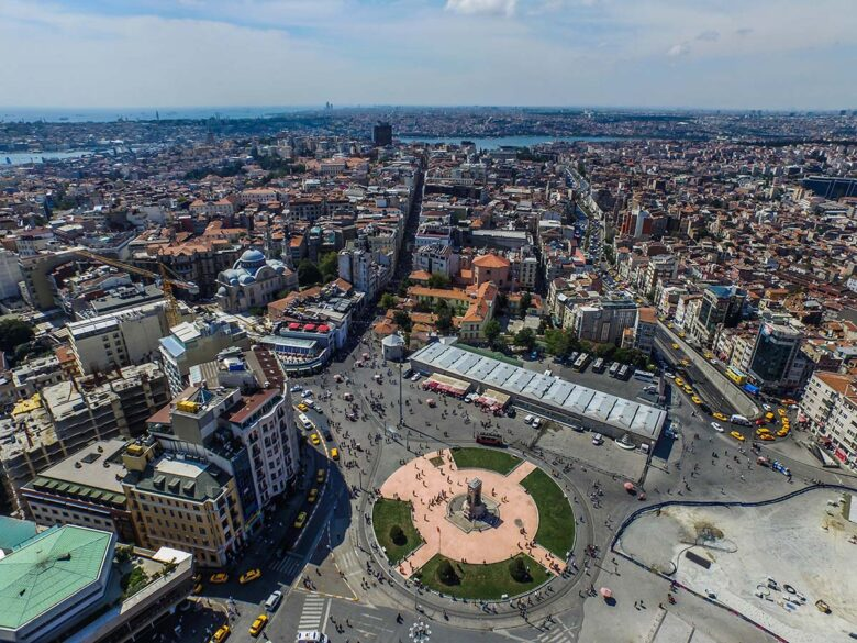 Where to stay in Istanbul: Taksim square
