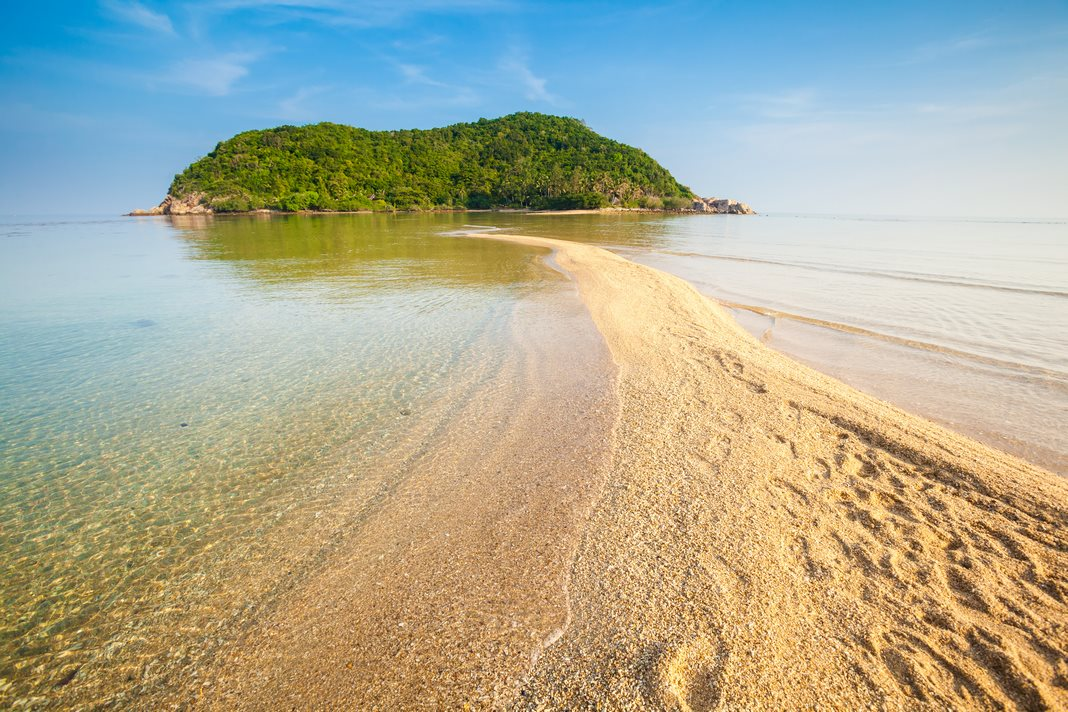 Bes area to stay in Phangan: Mae Haad