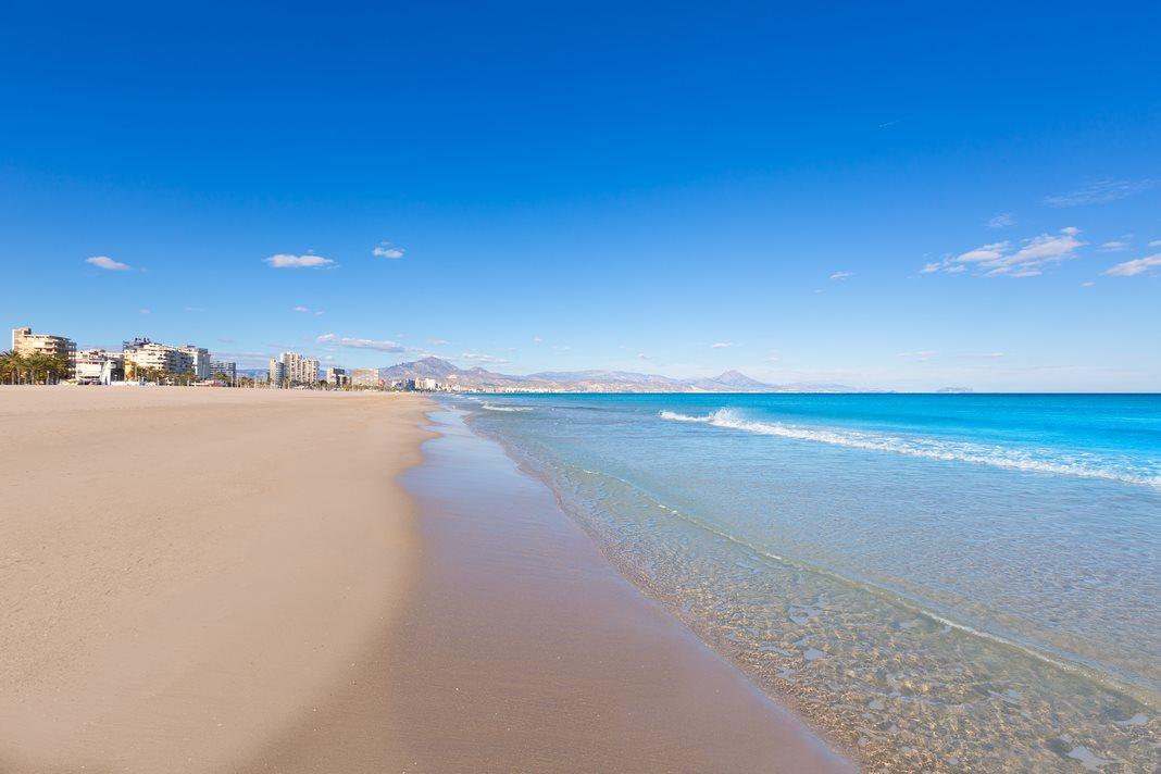 Where to stay in Alicante: San Juan Beach