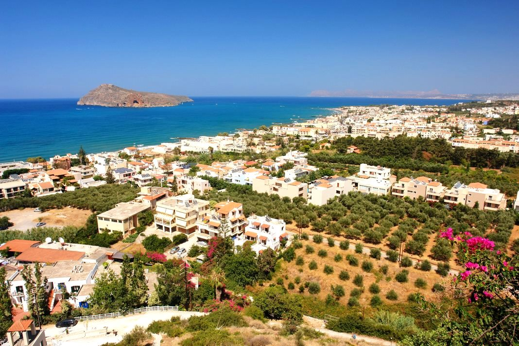 Best places to stay in Crete: Platanias