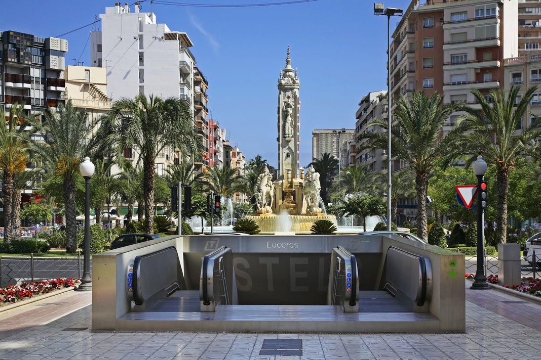 How to get from Alicante Airport to city centre