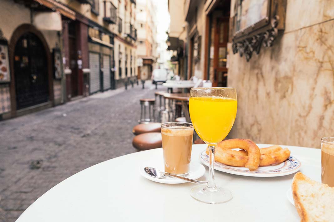 Coffe and Pastries: Of all the things to do in Granada