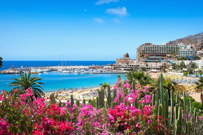 Stay in Gran Canaria's Puerto Rico