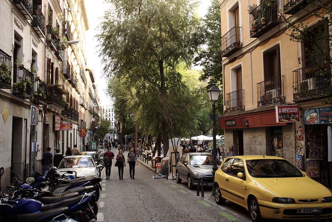 Where to stay in Madrid? Malasaña, a very trendy district that is very delightful to discover on foot and plenty of nightlife activities