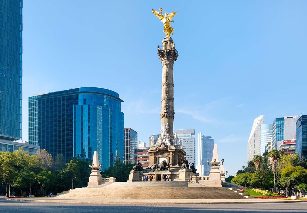 View El Angel de la Independencia in Mexico City