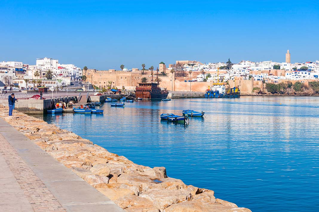 Romantic things to do in Rabat: Cross the Bou Regreg River to Salé by Boat