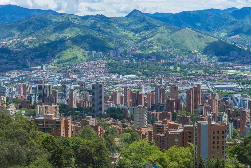 How to get to Medellin from the Airport