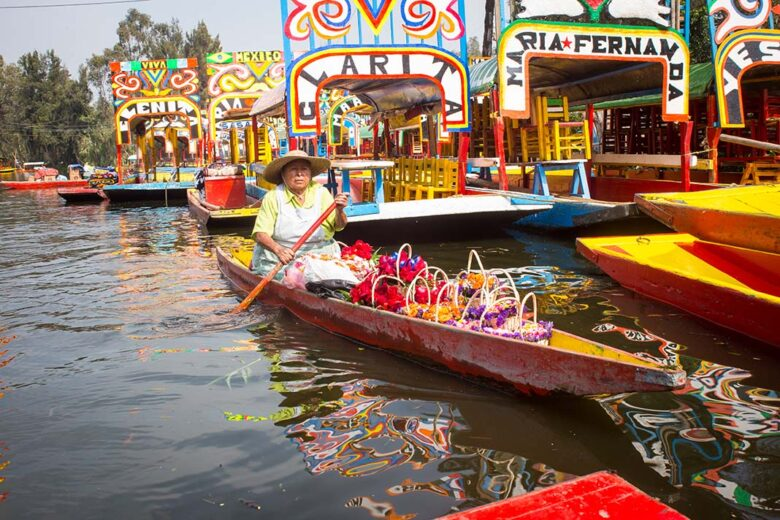 One of the top things to see in Mexico City.: tour Xochimilco by boat