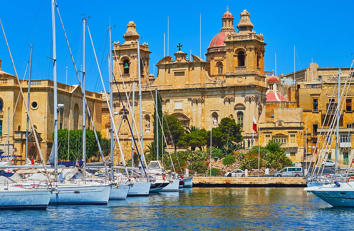 What to do in Malta: Visit the medievial churches