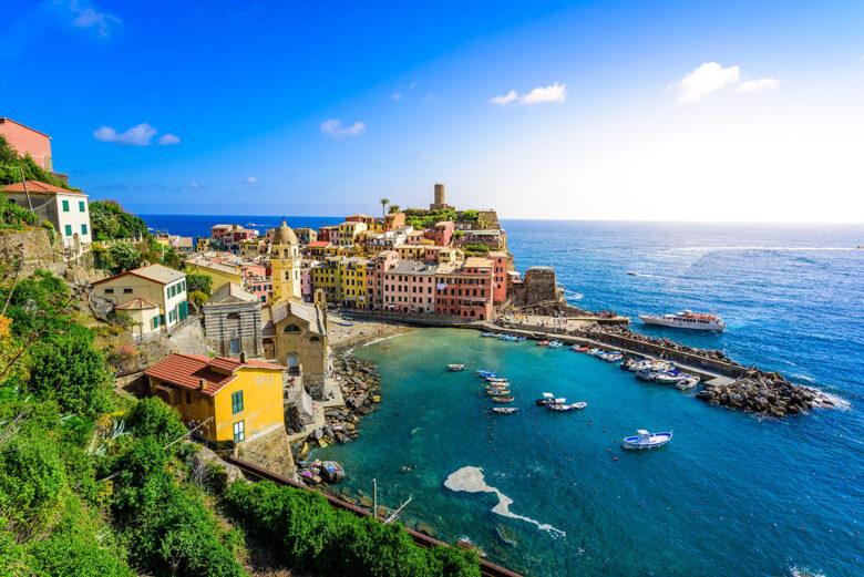 Vernazza is often referred to as the town that best characterizes all of the Cinque Terre to stay