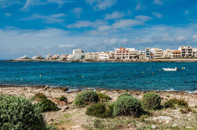 Colonia Sant Jordi: one of the southernmost spots of Mallorca, perfect for ecotourism, adventure, fishing, hiking, horseback riding, and more