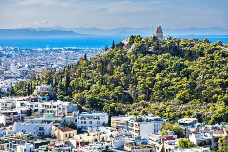 Koukaki and Anfiotika, charming areas in Athens near the Akropolis