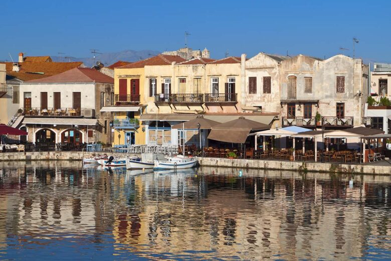 Visit the historic old town of Rethymno to do in Creta