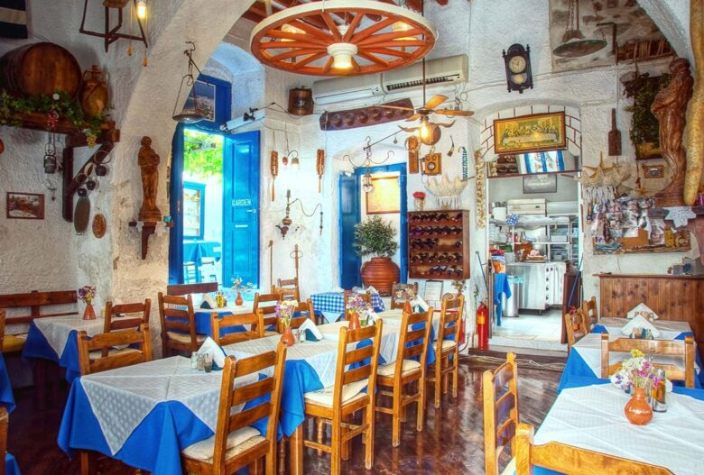 Things to do in Creta: Eat At An Authentic Fish Taverna
