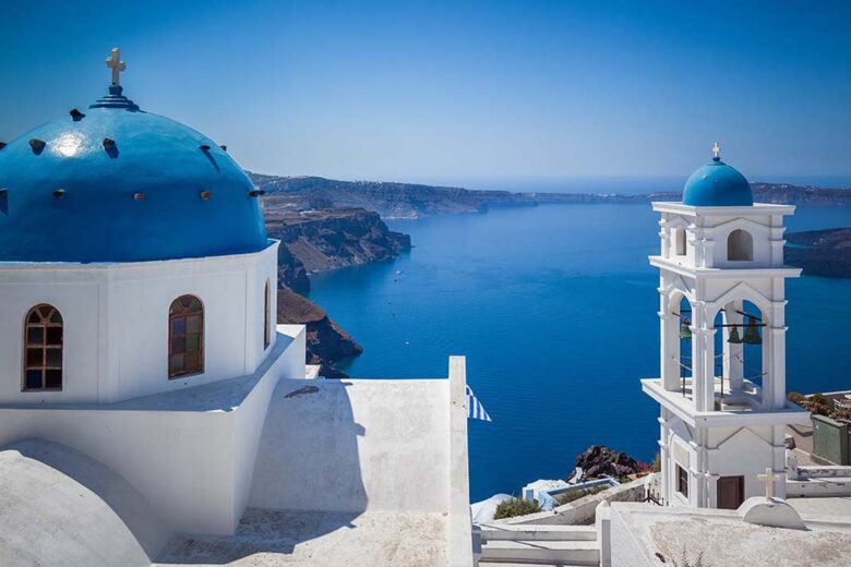 Imerovigli, best place to stay in santorini for couples and families