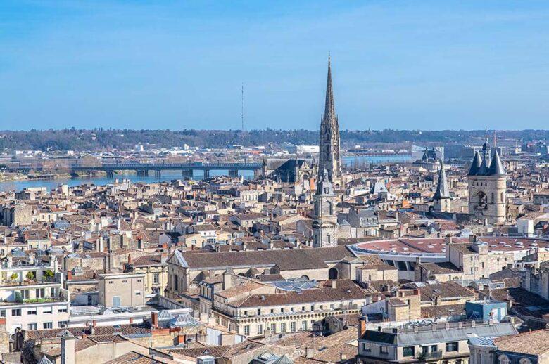 Saint-Michel, cosmopolitan neighborhood in Bordeaux