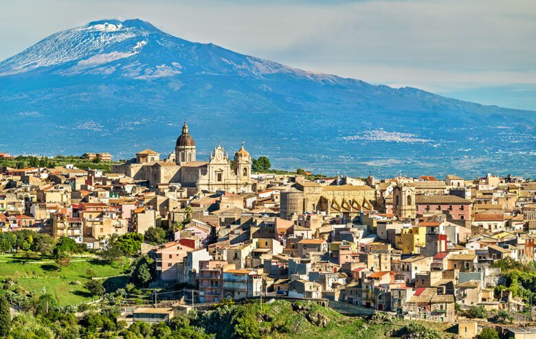 Catania, nice city to stay in Sicily to explore the island