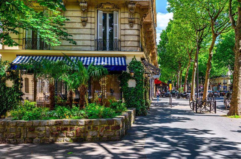 Saint-Germain-des-Près, my favorite neighborhood to stay in Paris