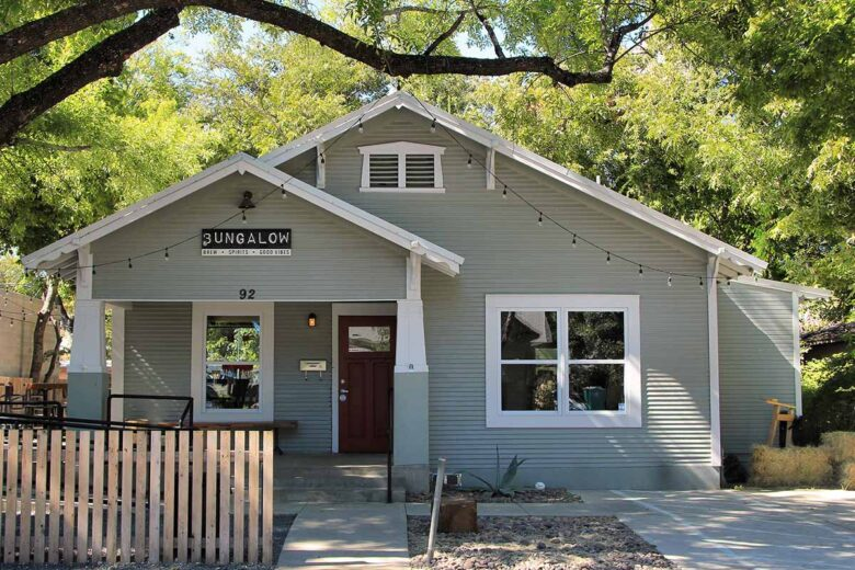 Rainey Street Historic District, bars, clubs and event venues in Austin