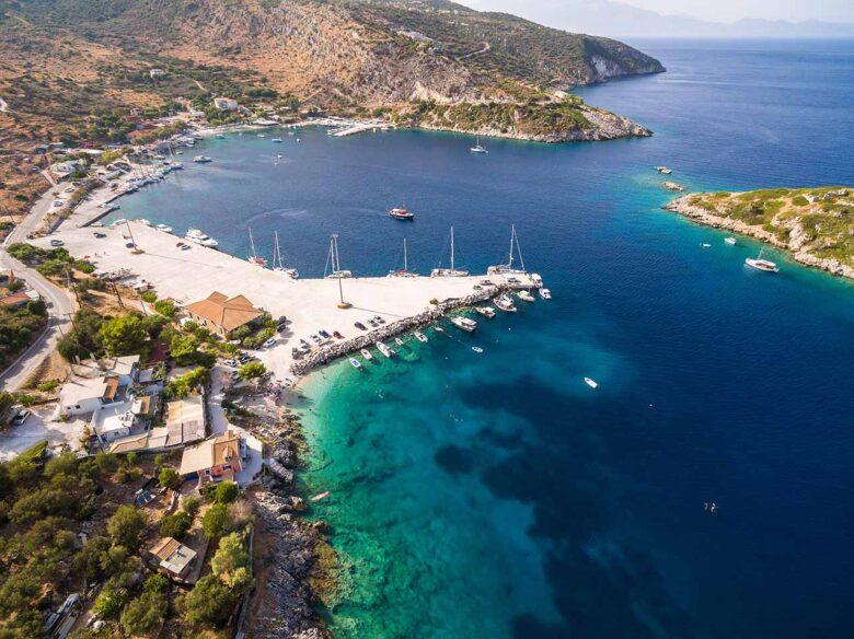 Agios Nikolaos (Skinari), quiet area with a small charming port in Zakynthos
