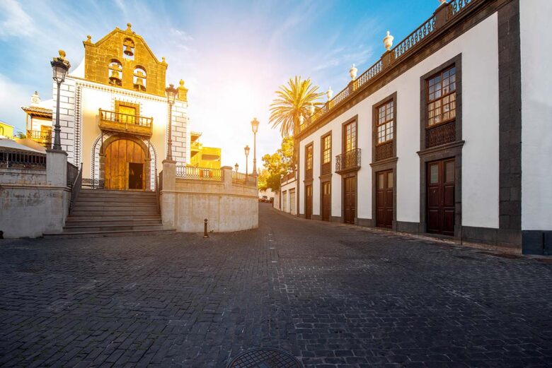 El Paso is a larger city to enjoy and stay in La Palma
