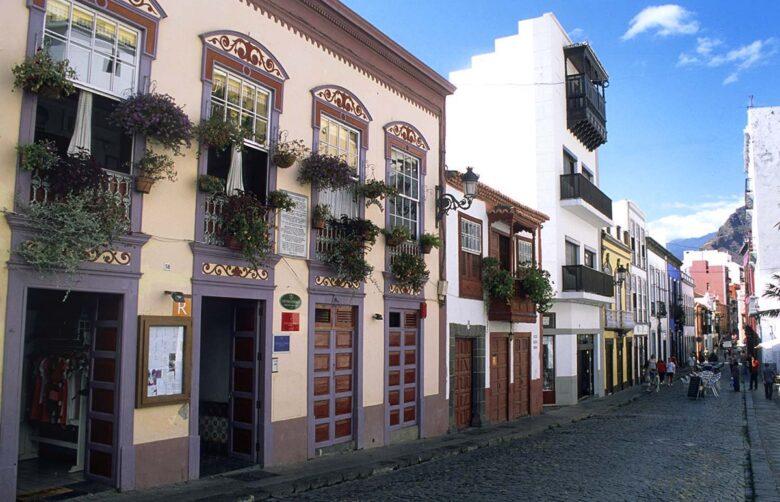 Santa Cruz is a great place to stay in La Palma.