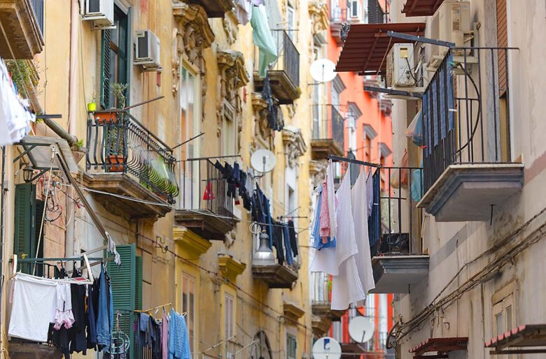 Toledo e Quartieri Spagnoli, where to stay in Naples on a budget