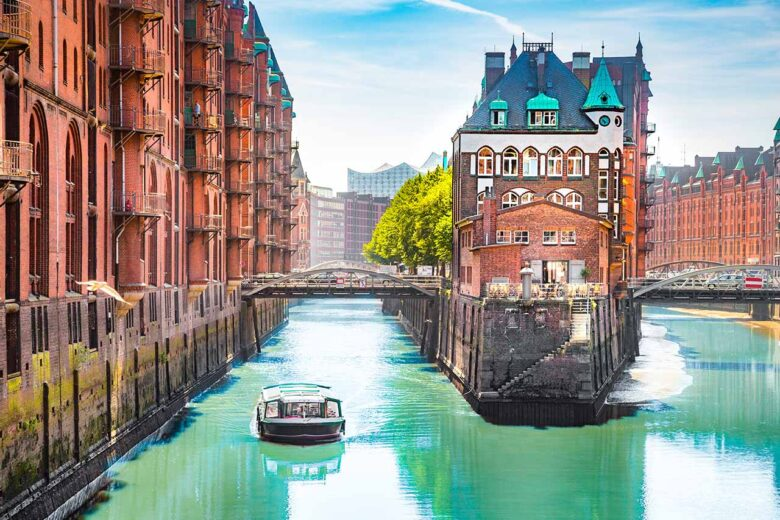 Hafencity, an urban regeneration project  to stay in Hamburg